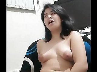 viral tante risna squirt sampe krucukkruck videocall dengan brondong full video