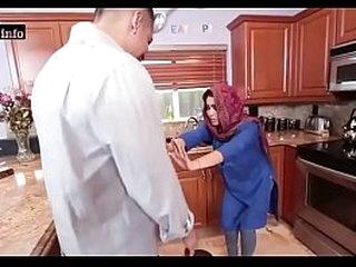 Hot Pakistani Student Gets fucked