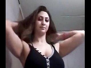 Desi Big Boobs girl show her body n fingering for bf @ Leopard69Puma