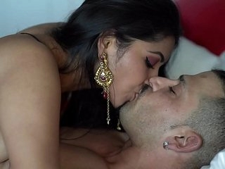 Indian Couple Lovemaking Video Leaked - Maya