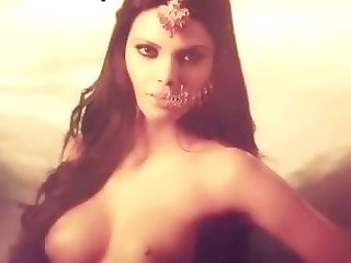Kamasutra 3D  Photo Shoot Nude Video with Sherlyn Chopra