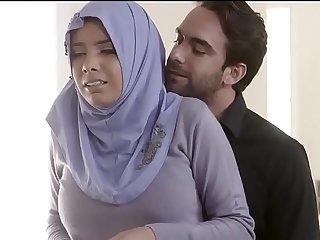 Indian College Muslim Girl Sex With Boyfriend  Muslim Girl Sex With Hindu Boyfriend